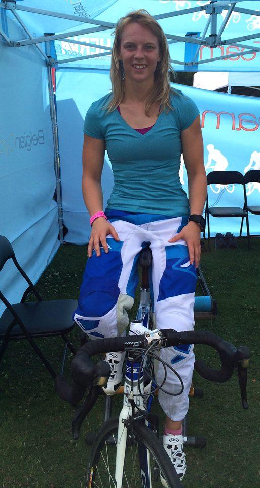 Elke Vanhoof in halve finale in Supercross in Papendal