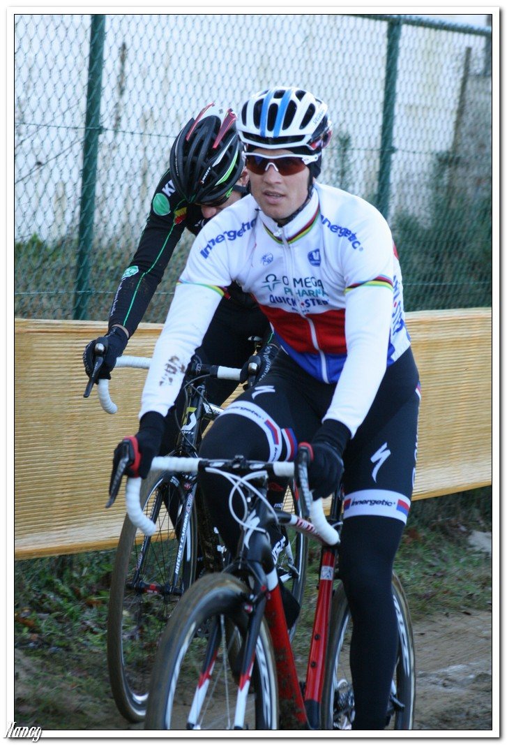 Stybar laat vallende Pauwels achter in Lievin