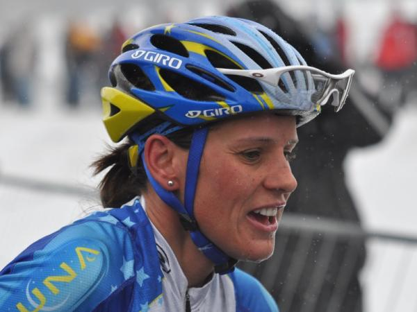 Katerina Nash wint na de wereldbeker in Namen ook de Azencross in Loenhout
