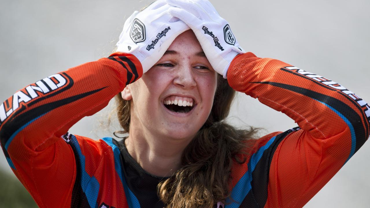 Laura Smulders en Martijn Scherpen winnen NK Timetrial