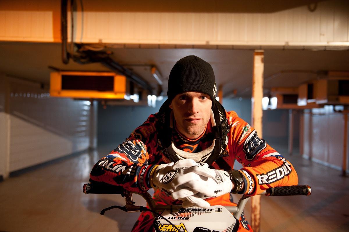 Sander Bisseling traint Desselse BMX'ers