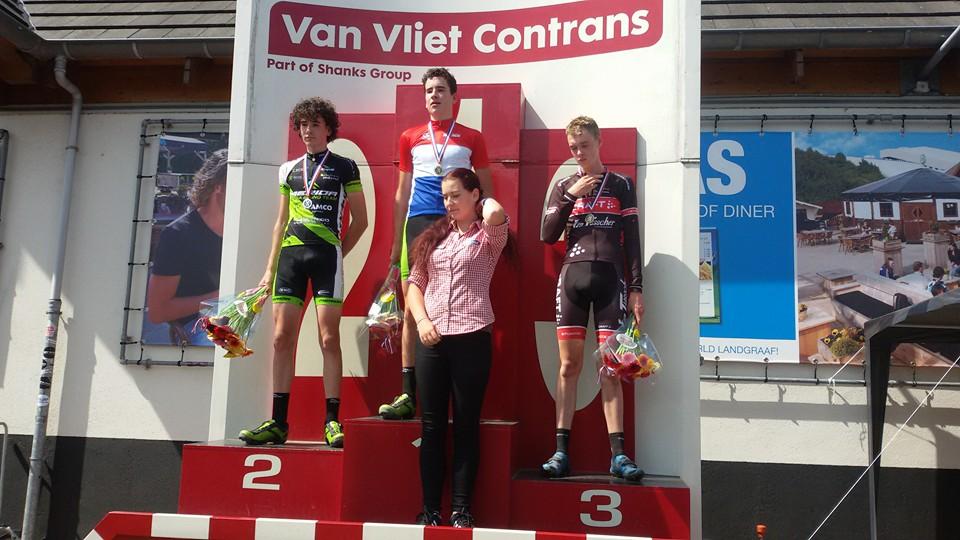 Tim van Dijcke is Nederlands nieuwelingenkampioen