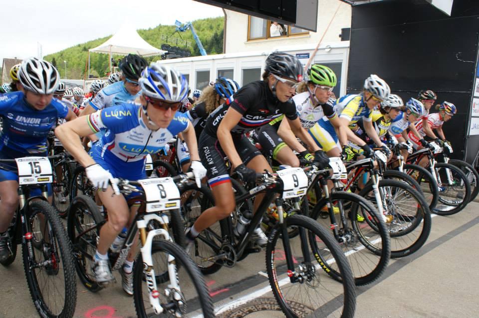 Lisa Mitterbauer verkent WK parcours in Andorra