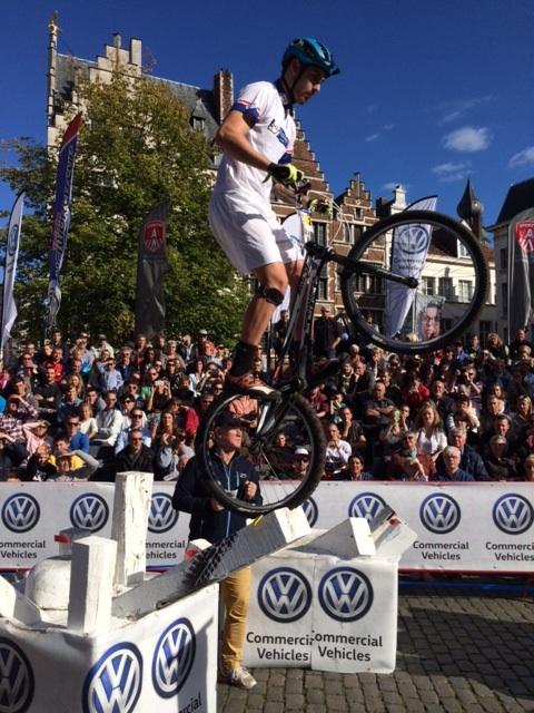 Jack Carthy pakt dag-en eindzege in wereldbeker in Antwerpen