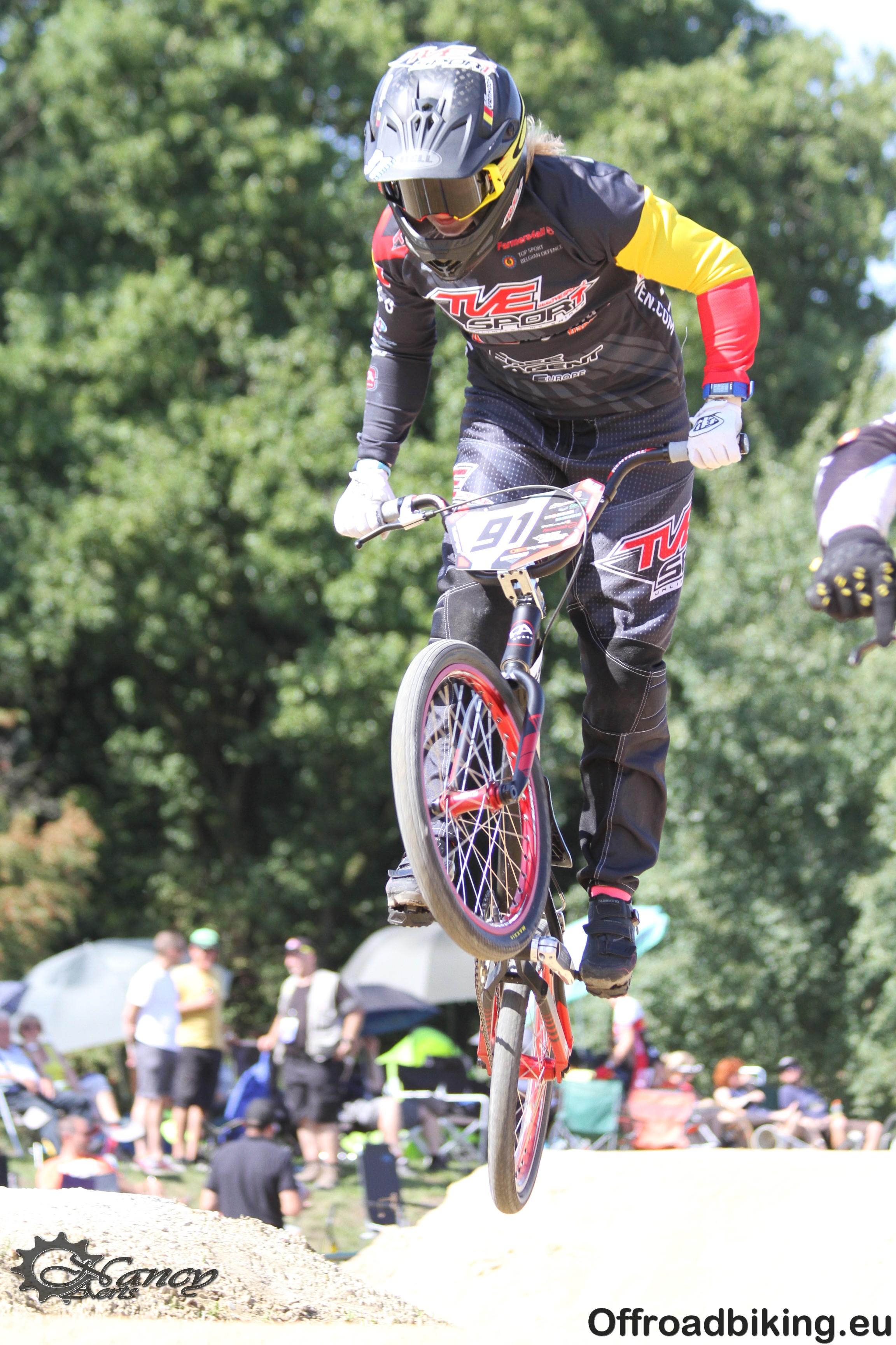 Elke Vanhoof geselecteerd voor WB BMX Supercross Santiago Del Estero