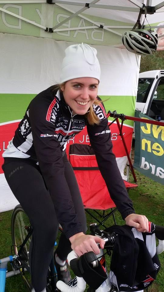 Esther van de Burg wint in Lierop