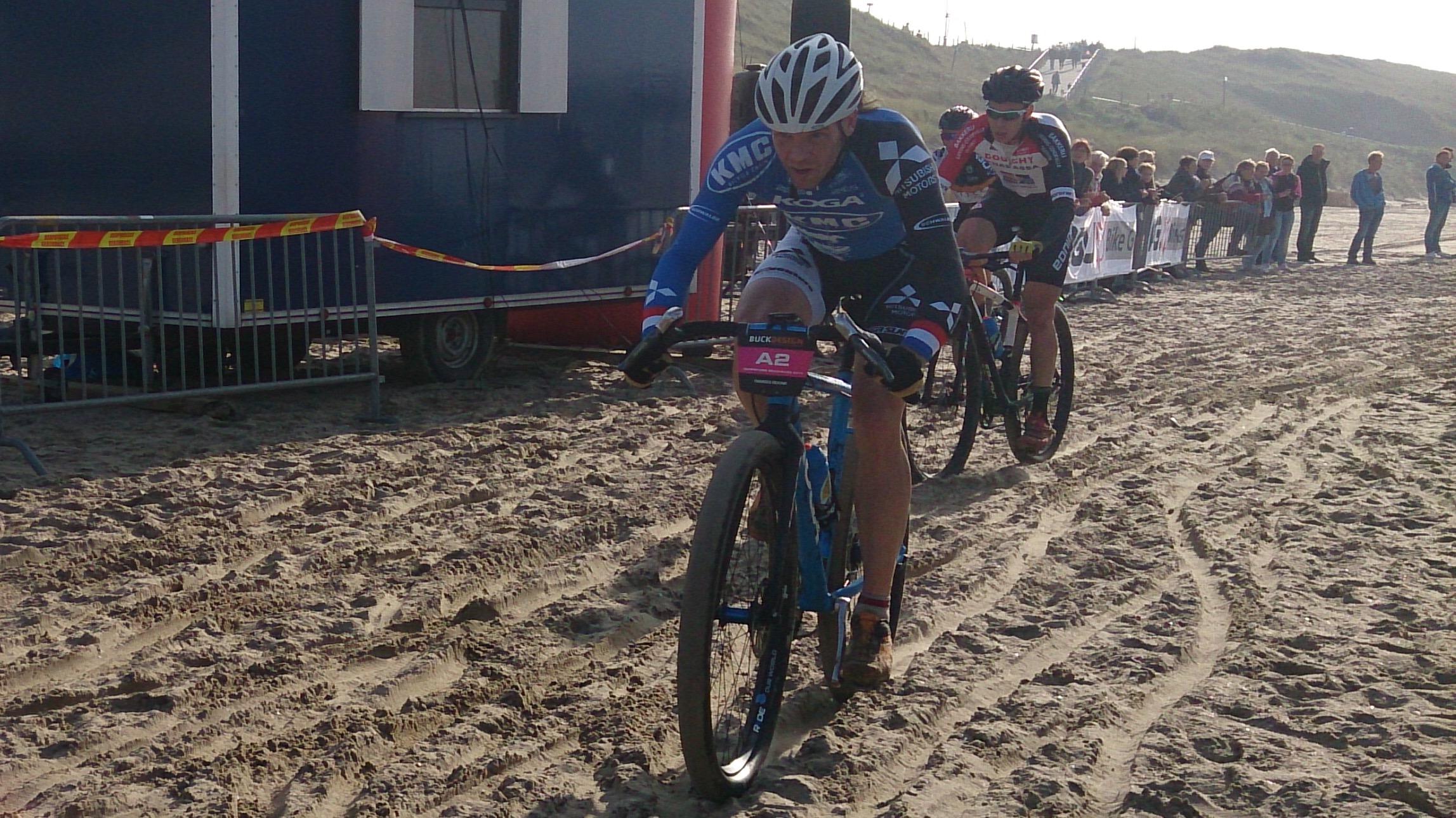 Ramses Bekkenk  wordt tweede in strandrace Egmond