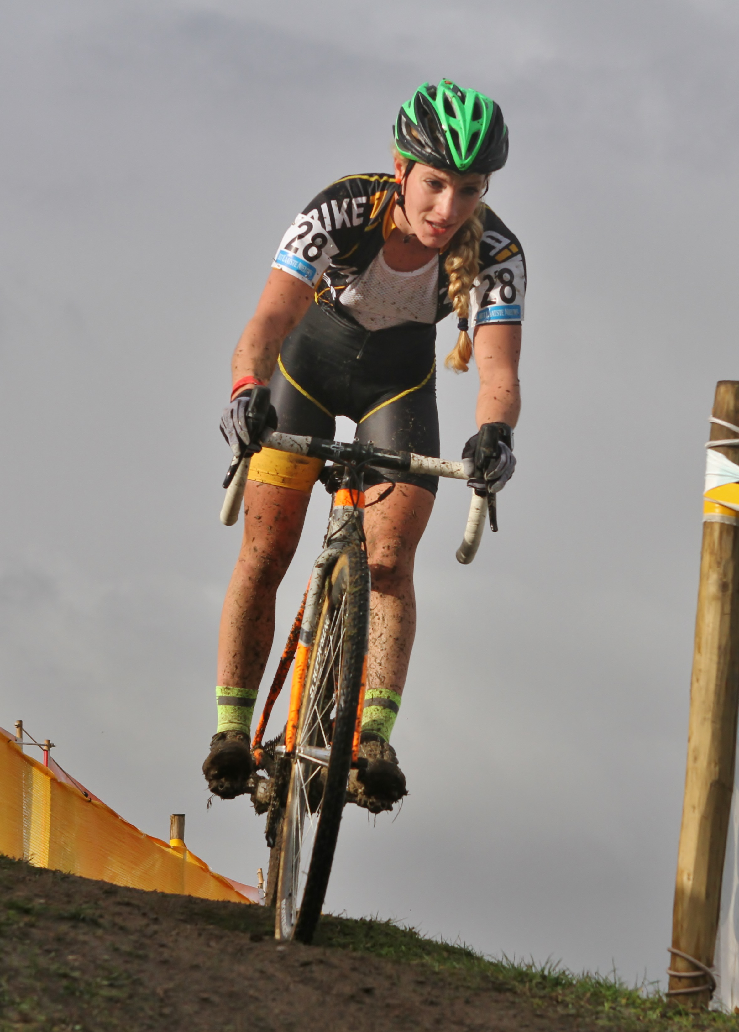 Alicia Franck rijdt in Gavere eerste cross in dienst van Marlux Napoleon Games