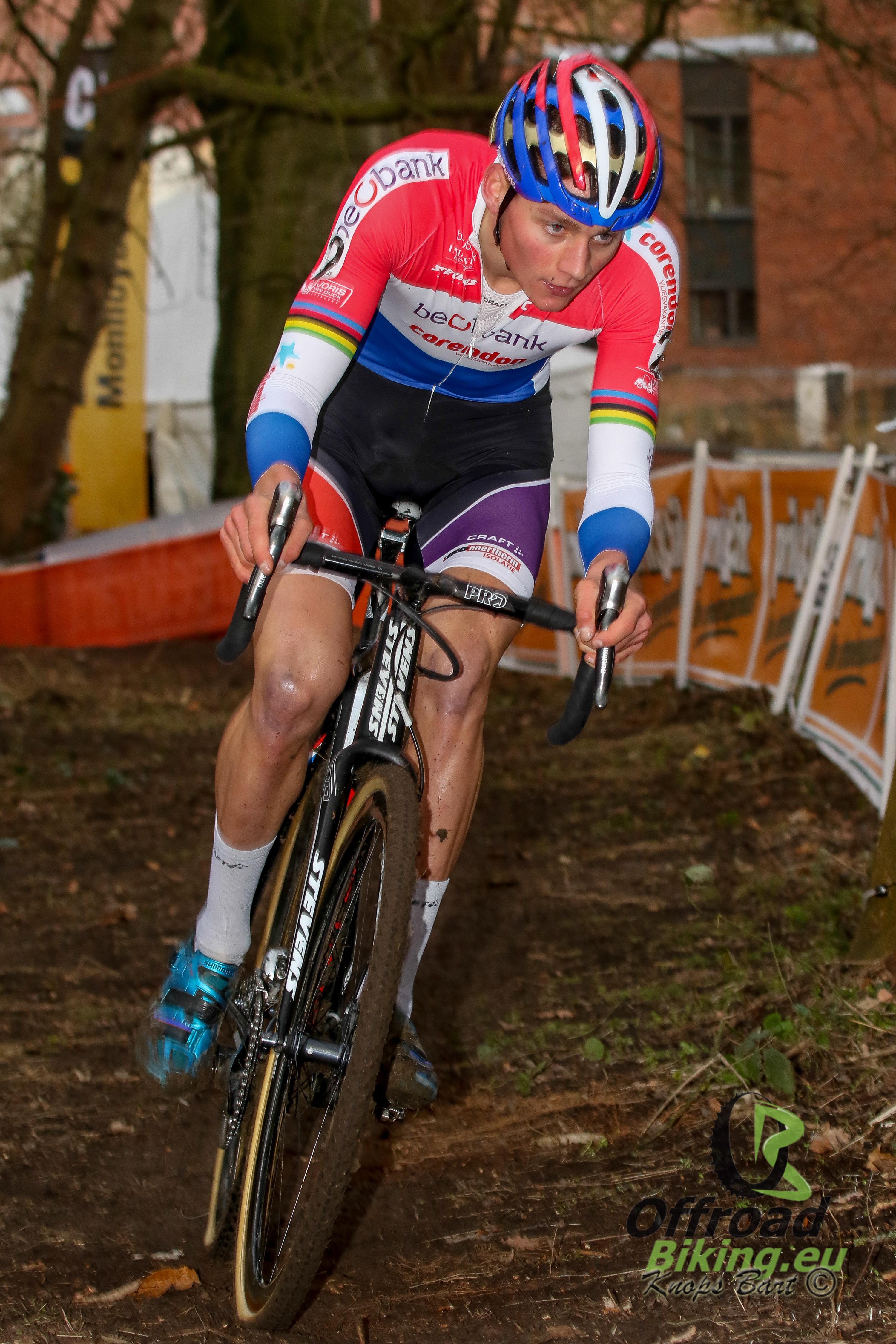 Update: val Mathieu van der Poel. Nederlandse kampioen heeft ziekenhuis verlaten
