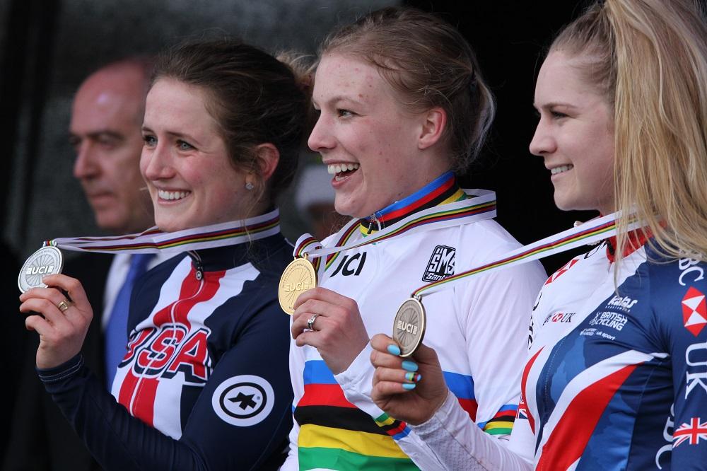 Annemarie Worst wereldkampioene U23 in Bieles