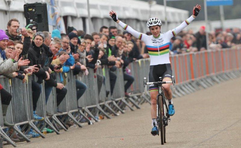 Sanne Cant wint Flandriencross in Hamme