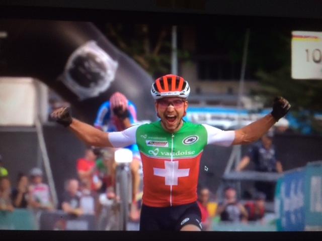 Nino Schurter voor de zesde keer wereldkampioen