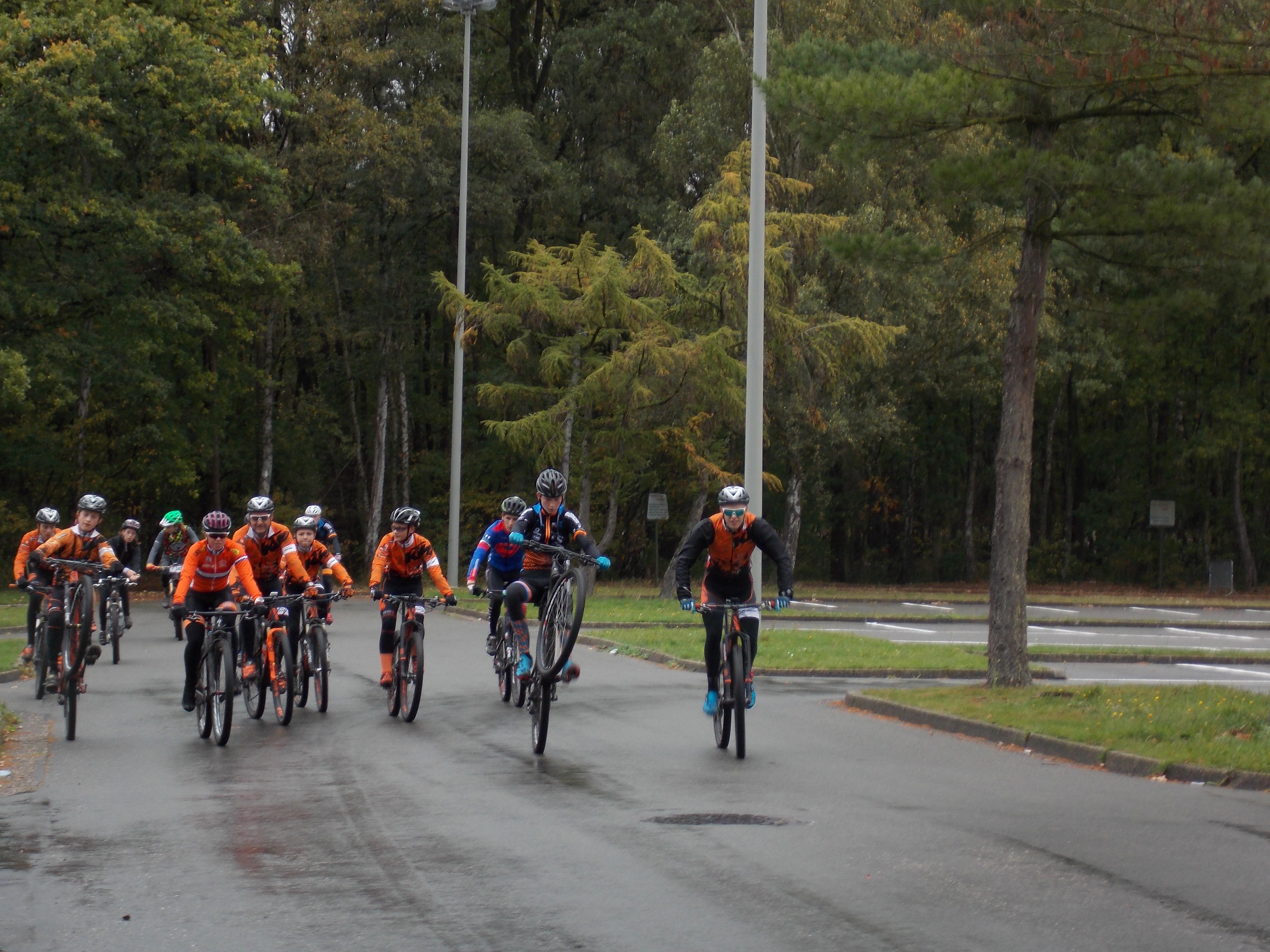 Sfeerbeeldverslag teamdag KTM Bikevision UCI MTB team
