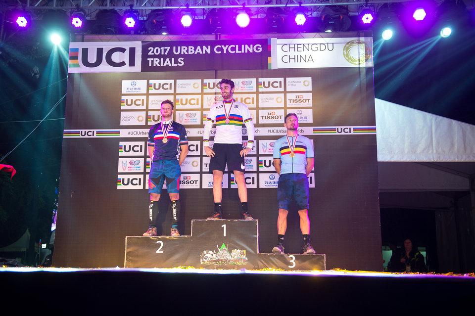 Jack Carthy wereldkampioen Trial, Kenny Belaey brons