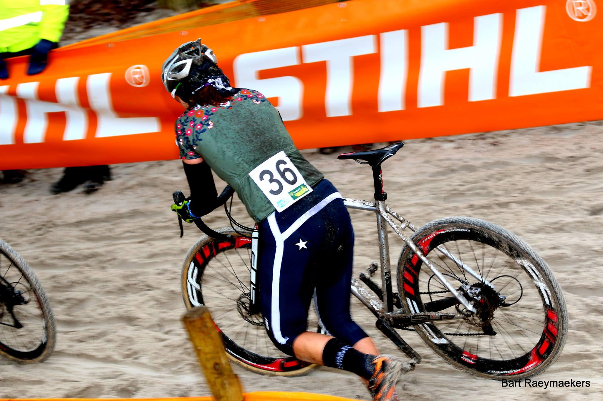 Kristien Nelen eindigde 22 ste in Zilvermeercross Mol