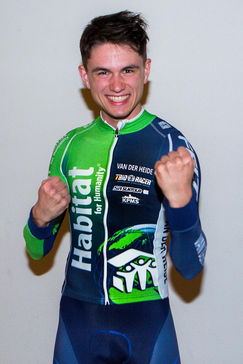 Mountainbikebelofte Milan Vader naar Team Habitat