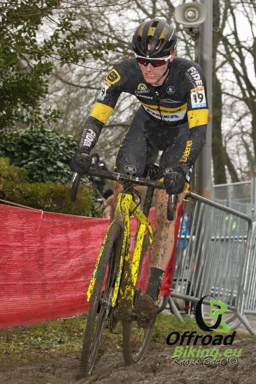 Corné van Kessel in favorietenrol in Soudal cyclocross Leuven