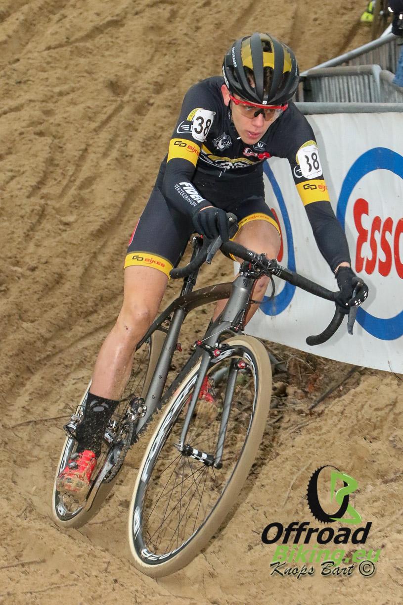 Thibau Nys voor de tweede keer op rij Belgische kampioen in Koksijde