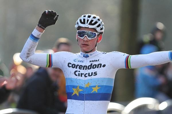 Mathieu Van der Poel neemt even rust