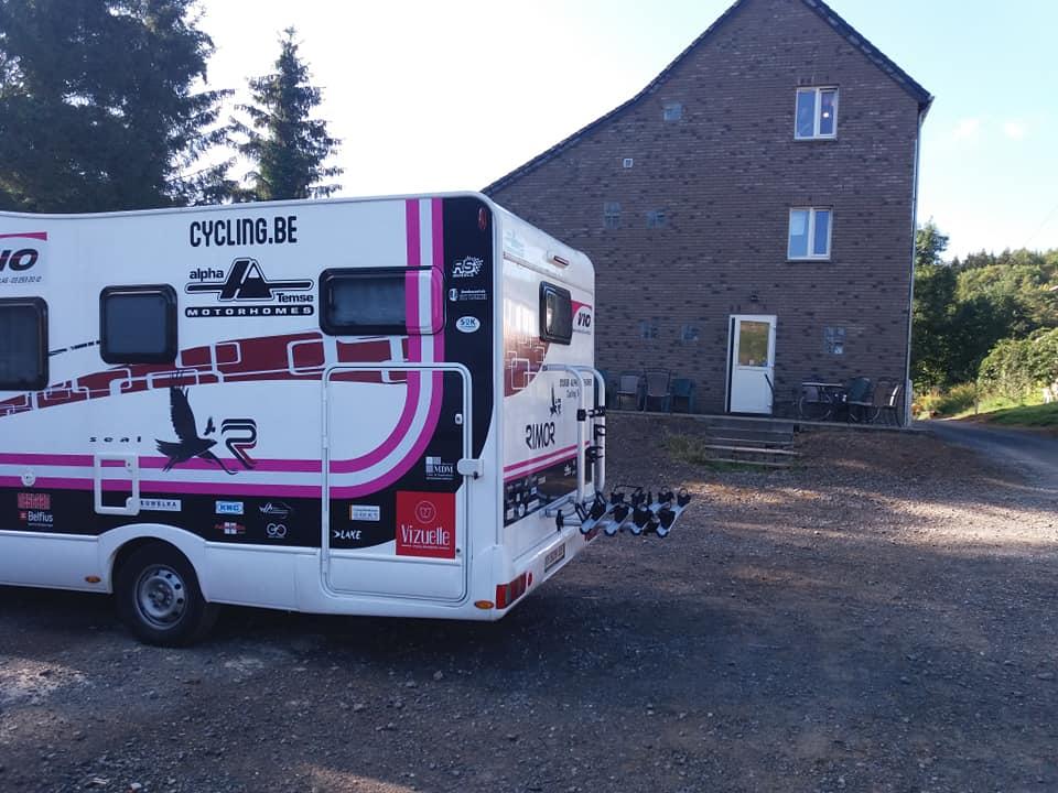 Stage in Chimay voor de ploeg van Eddy Van Bunder