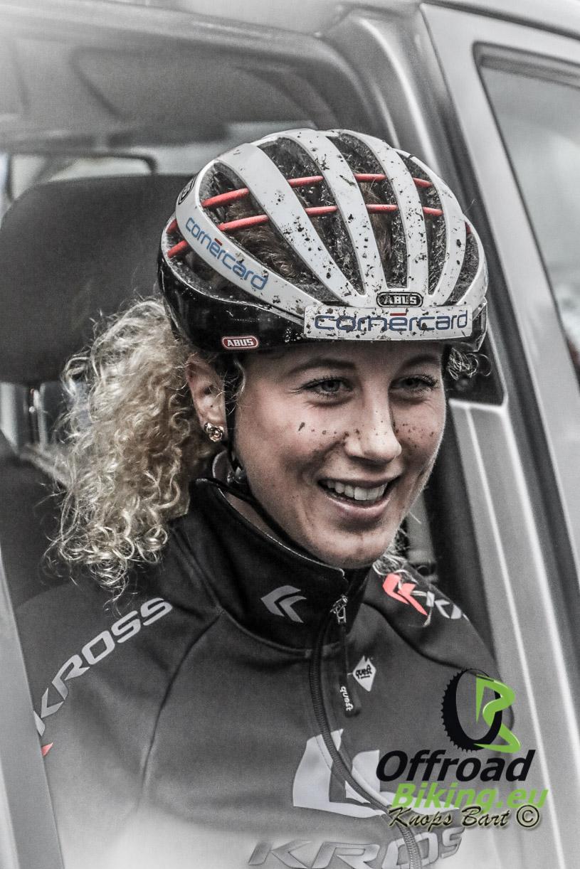 Jolanda Neff wint wereldbeker in Mount- St Anne