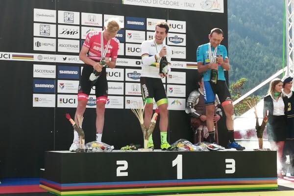 Henrique Avancini en Annika Langvad wereldkampioen marathon