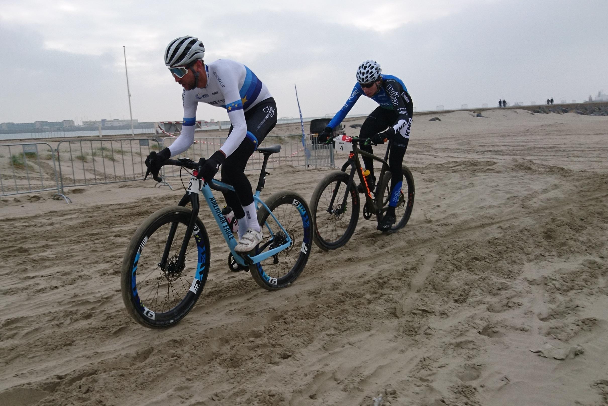 Bram Rood tweede in de Subaru Beach Battle