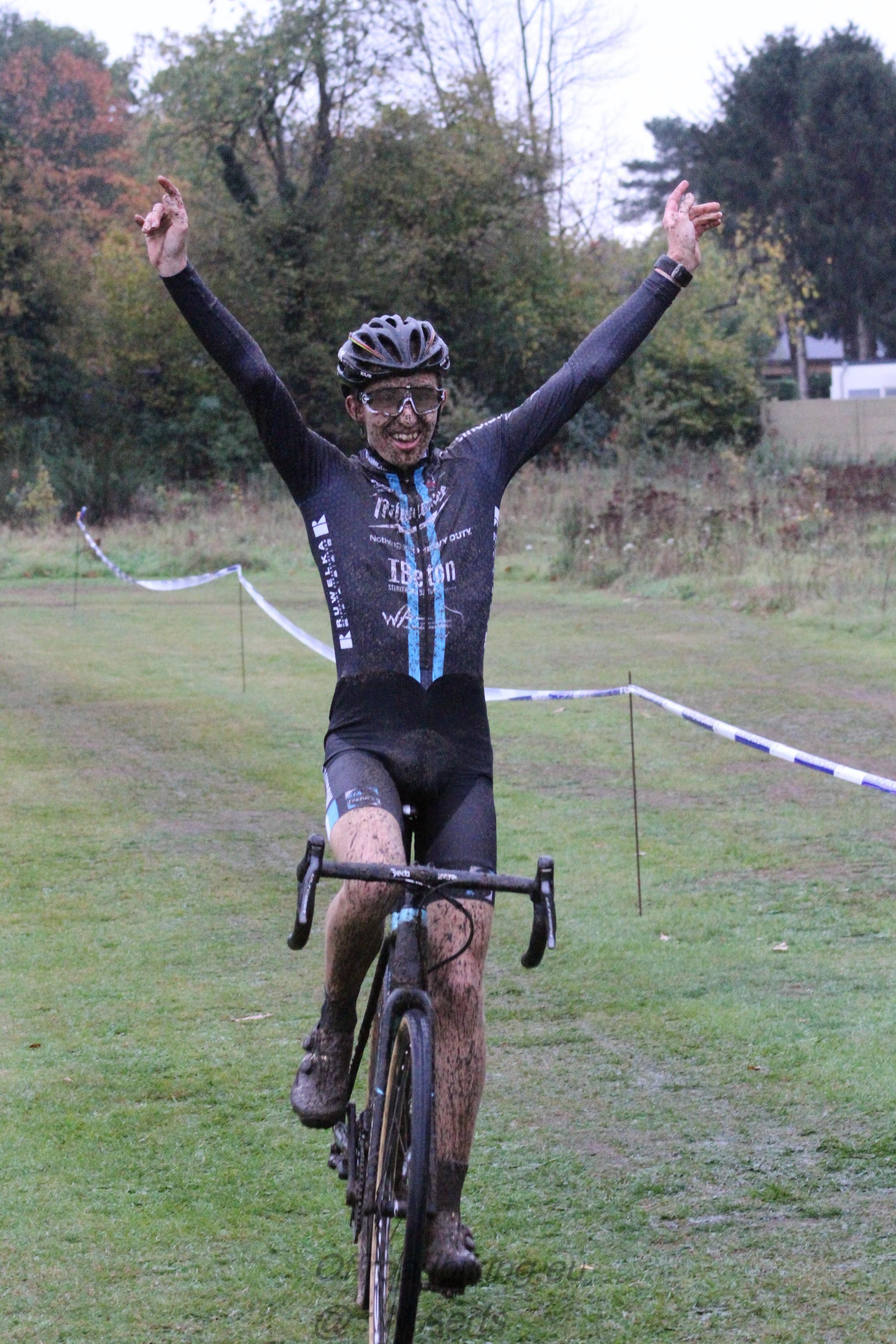 Eerste overwinning voor Björn Houben in Linkhout