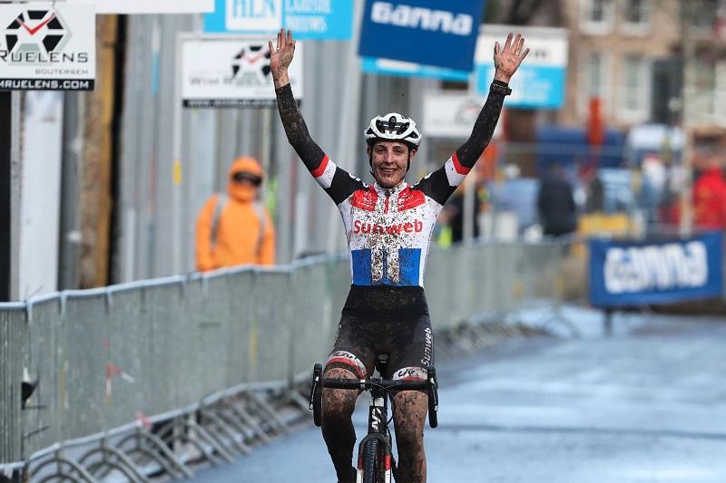 Lucinda Brand wint in Loenhout