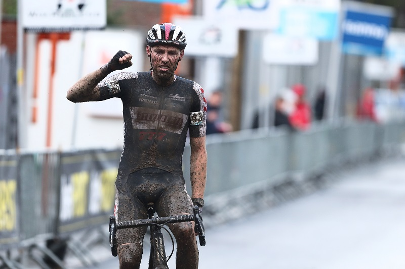 Timo Kielich wint in Overijse