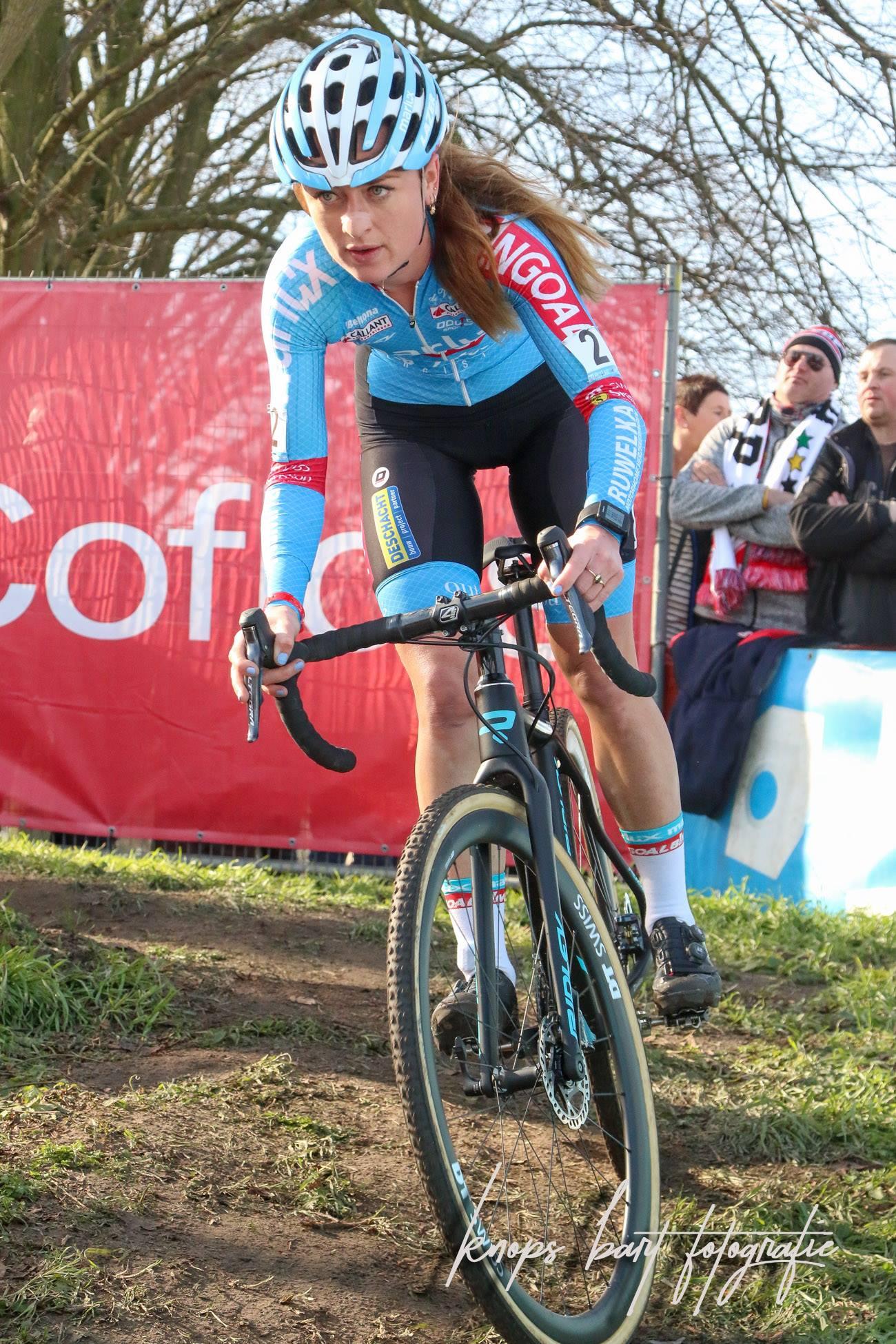 Denise Betsema pakt dubbele winst in Hulst