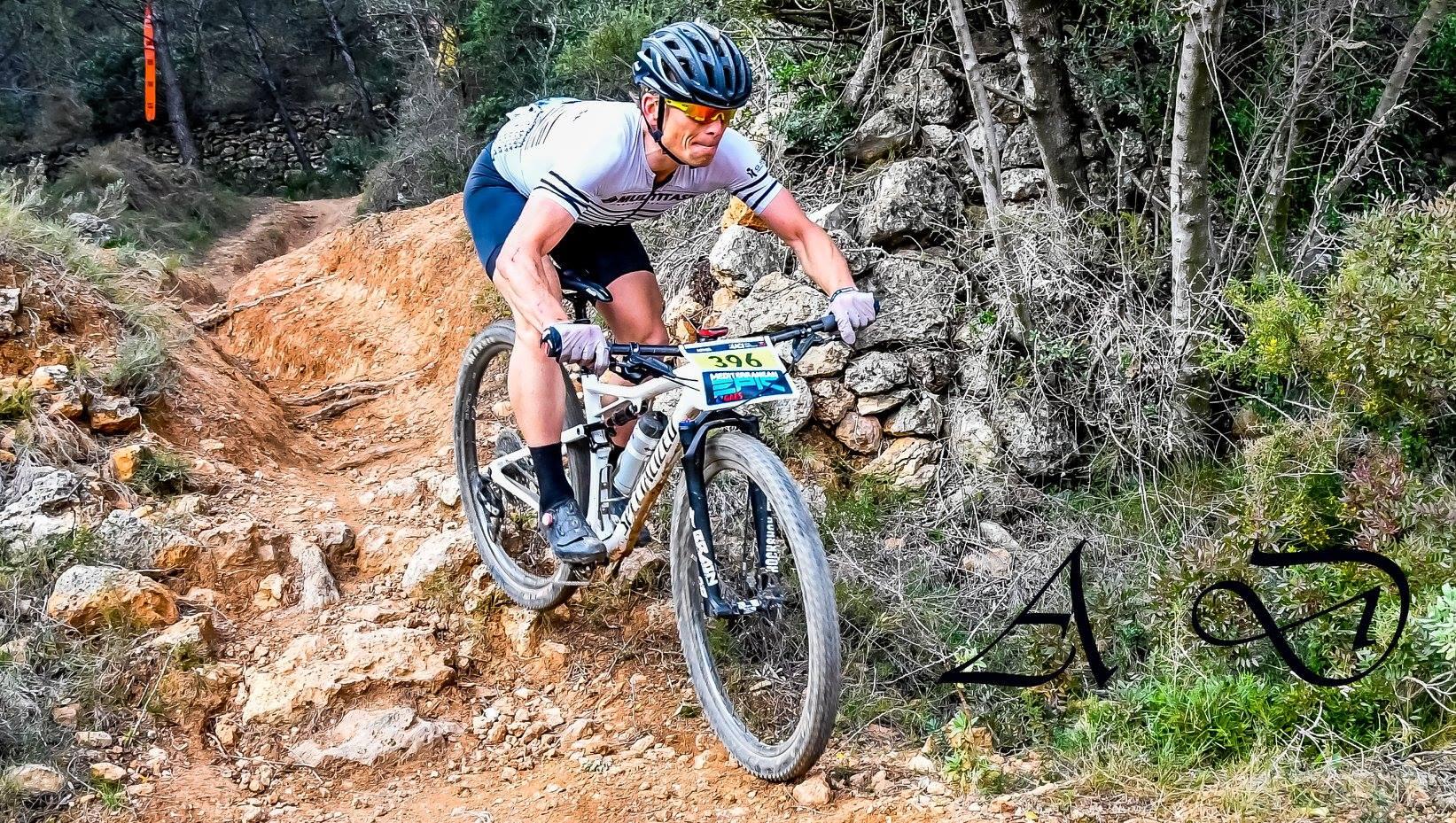 Michiel Van Aelbroeck wint derde rit en blijft leider bij masters in Mediterranean Epic