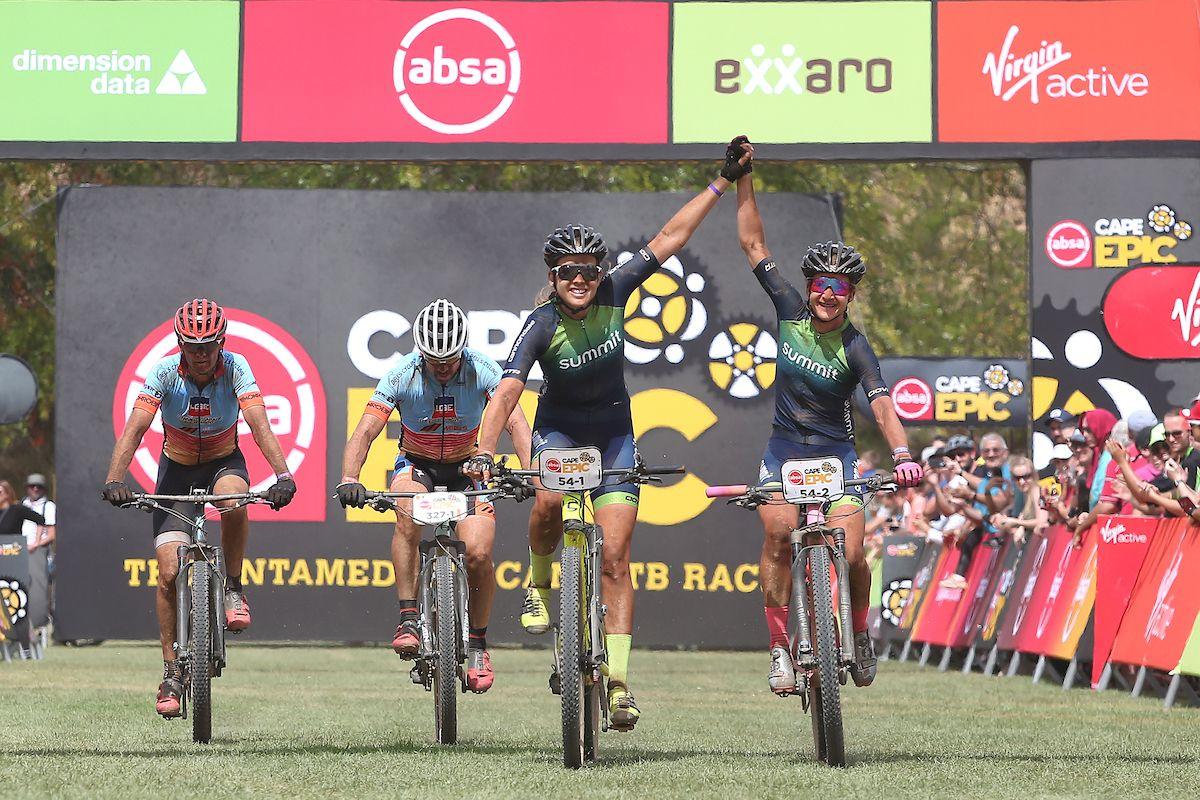 Candice Lill en Adelheid Morath winnen koninginnerit in Cape Epic