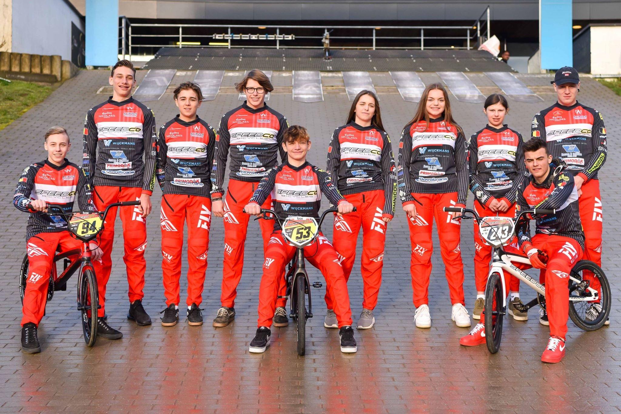 Speedco Factory Team Belgium boven de doopvont