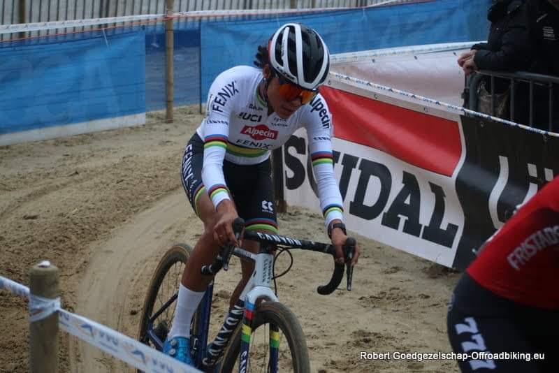Ceylin Alvarado wint in Hulst