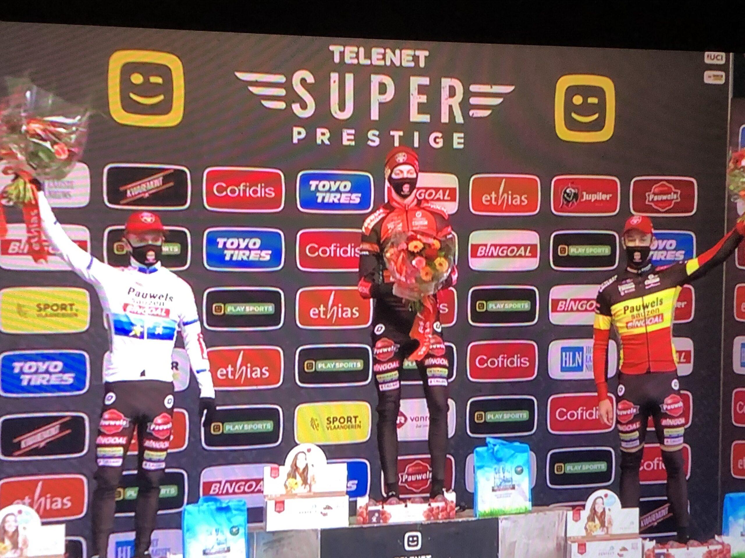Eerste winst in klassementscross voor Michael Vanthourenhout in Merksplas