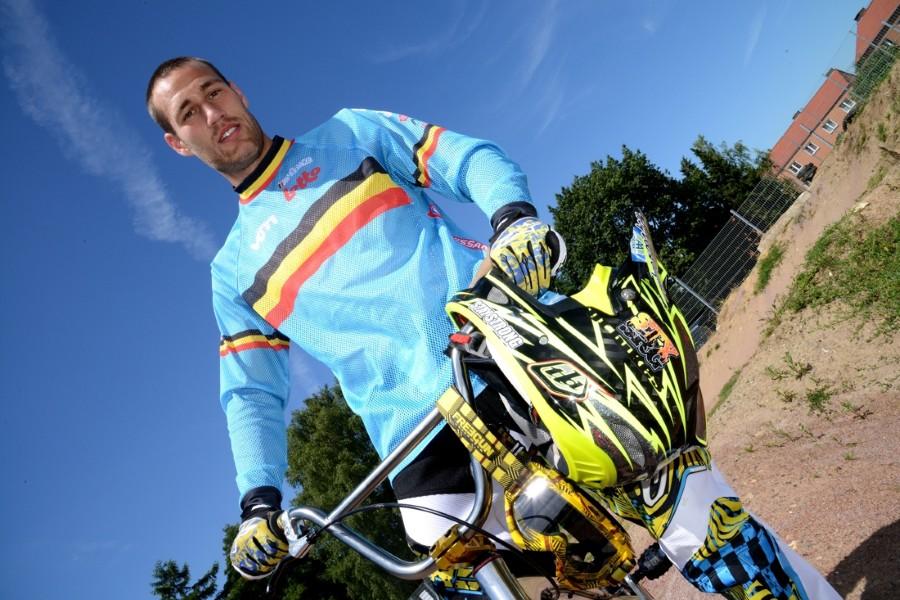 Arnaud Dubois geplaatst voor volgende ronde op Spelen