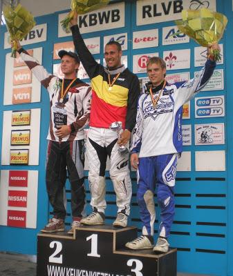 Arnaud Dubois wint voorlaatste Topcompetitie in Blegny