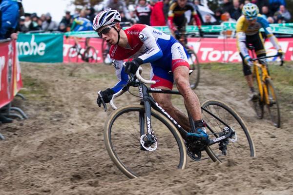 Lars van der Haar wint tweede wereldbekercross in Tabor