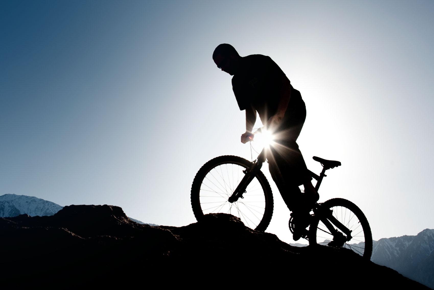 Sauser en Kulhavy winnen eerste rit in Cape Epic