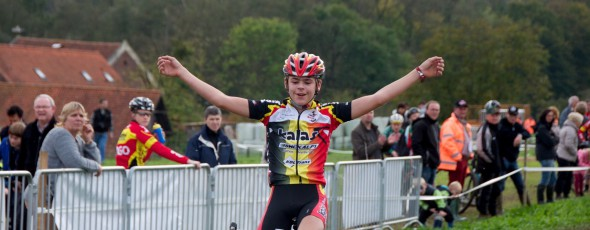 Coremans, Meeussen en Vervloesem Vlaamse kampioenen aspiranten