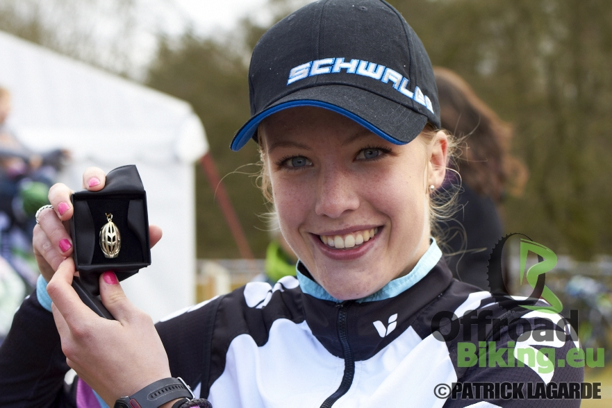 Annemarie Worst pakt overwinning in MTB Berlicum 2015