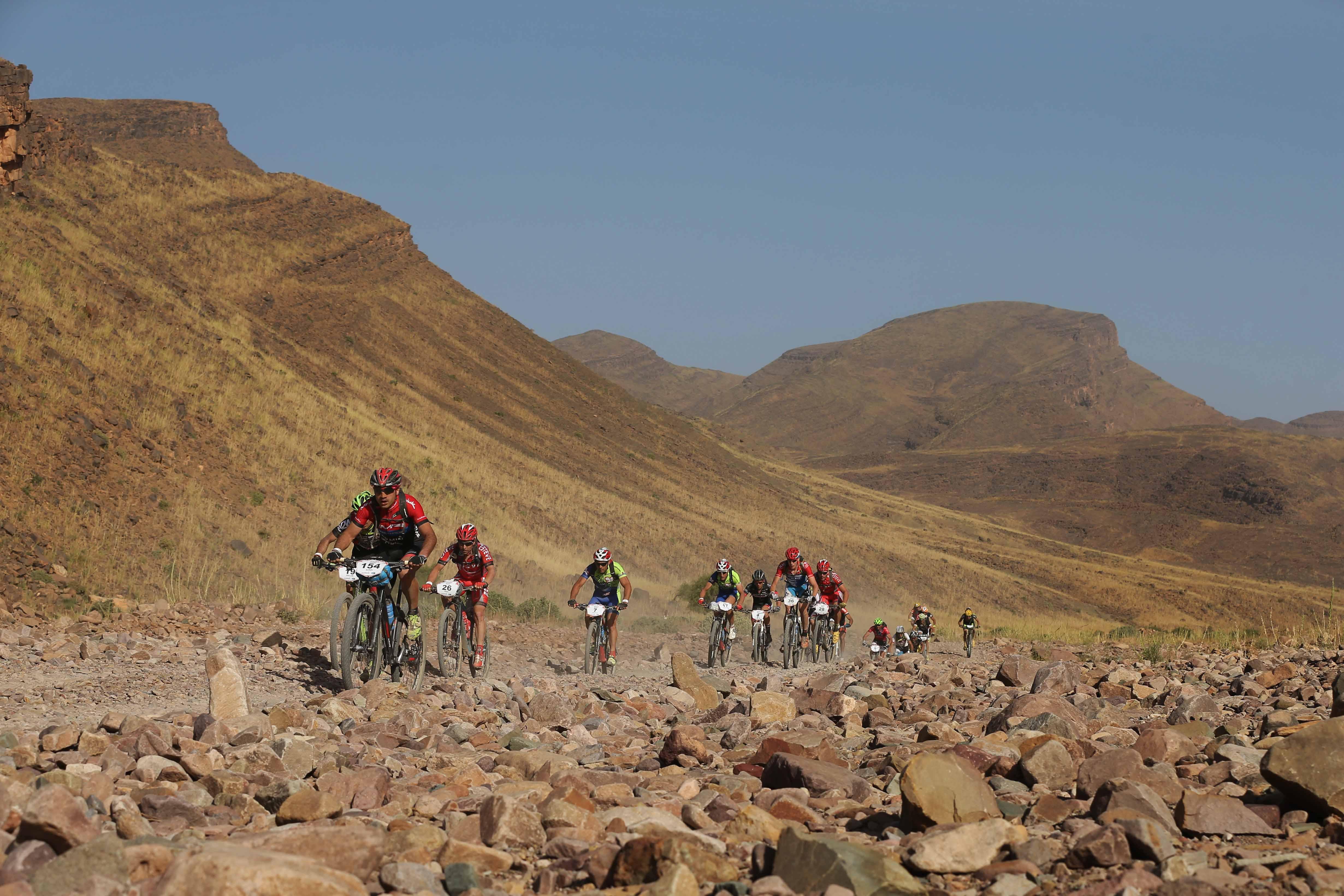 Bram Rood blijft meedoen voor een podiumplaats in Titan Desert
