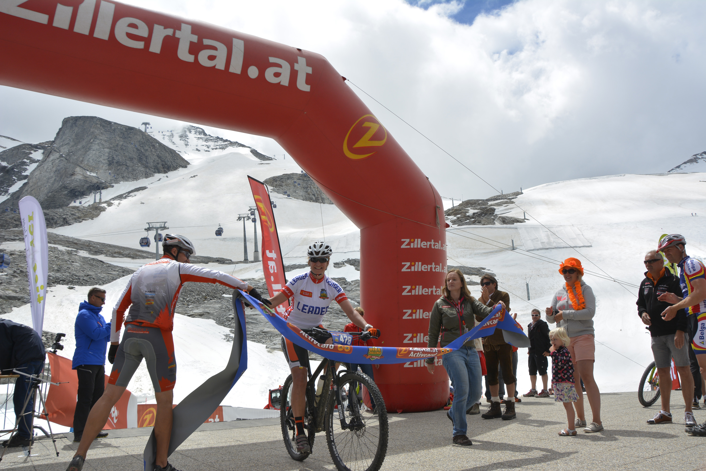 Markus Kaufmann wint derde rit in Zillertal bike challenge