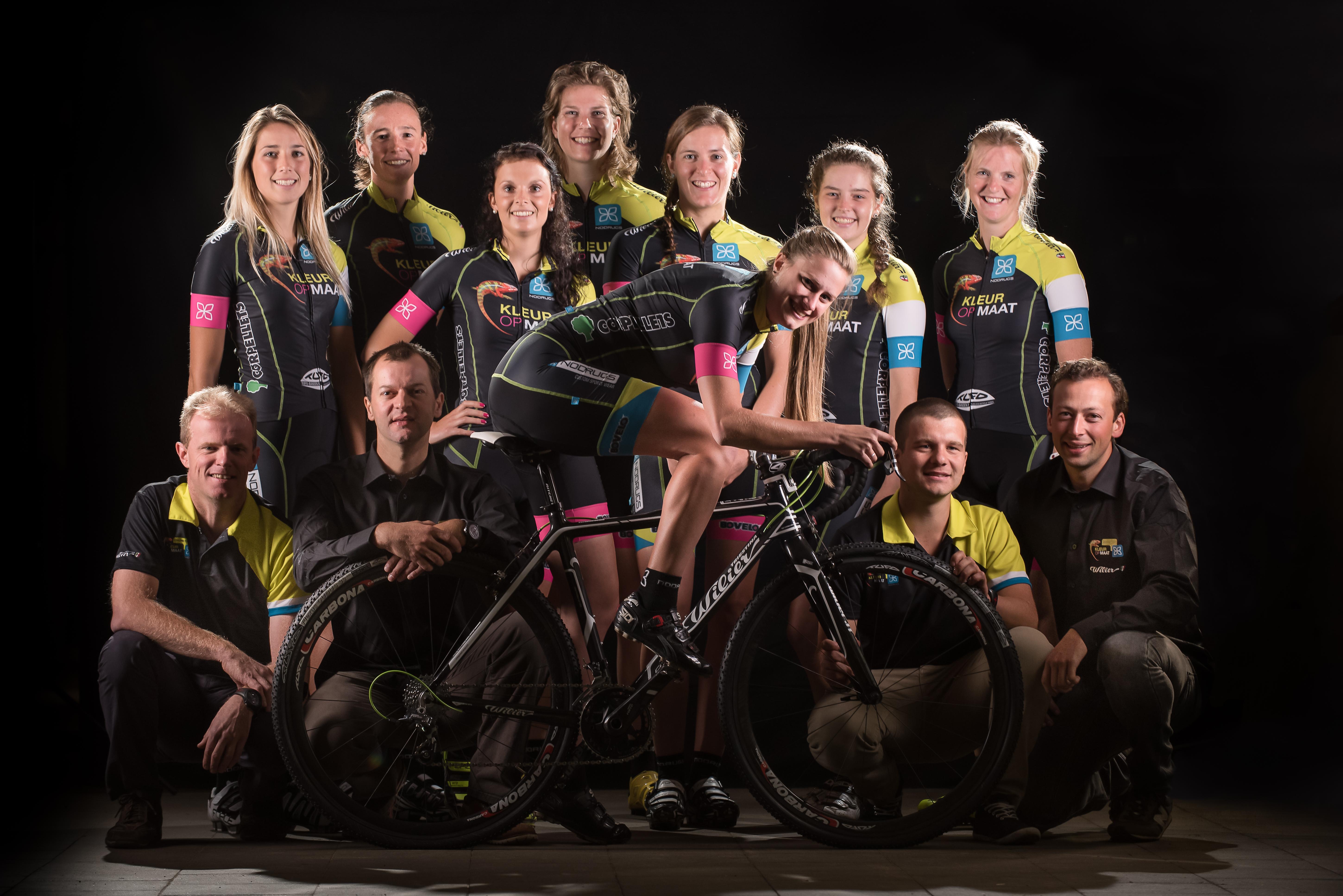 Kleur Op Maat- NoDrugs is 100% ladies cyclocrossteam
