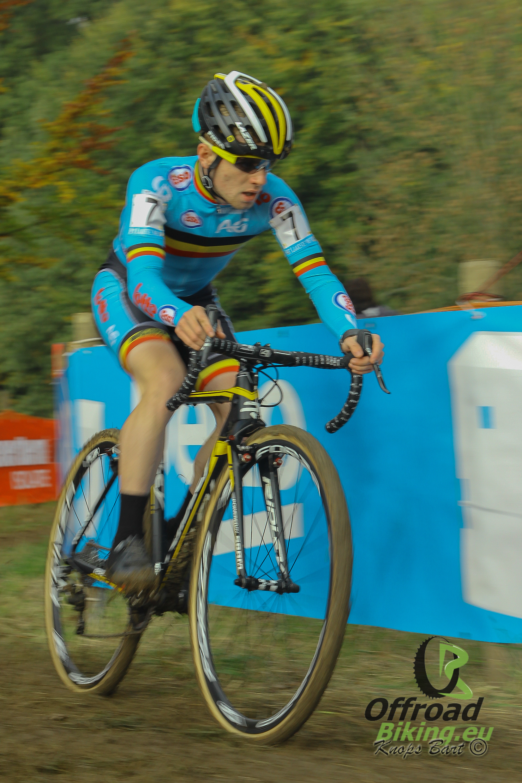Eli Iserbyt topt volledig Belgisch podium in wereldbeker Koksijde