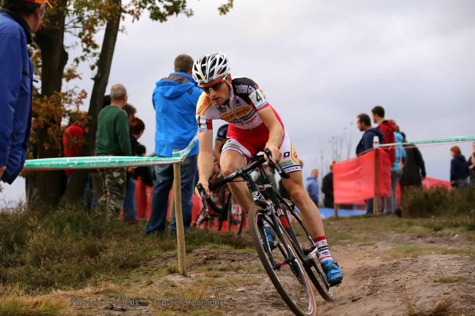 Tweede overwinning van het seizoen voor Kevin Pauwels in de jaarmarktcross te Niel