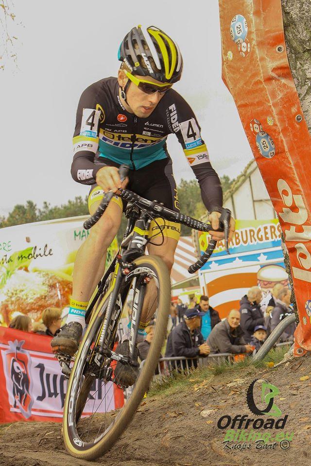 Wereldkampioen Eli Iserbyt pakt zege in Hoogstraten
