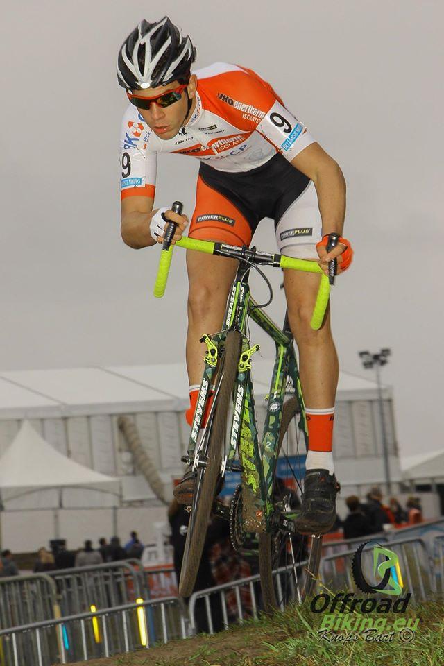 19e overwinning voor Luke Verburg bij de nieuwelingen in Loenhout.