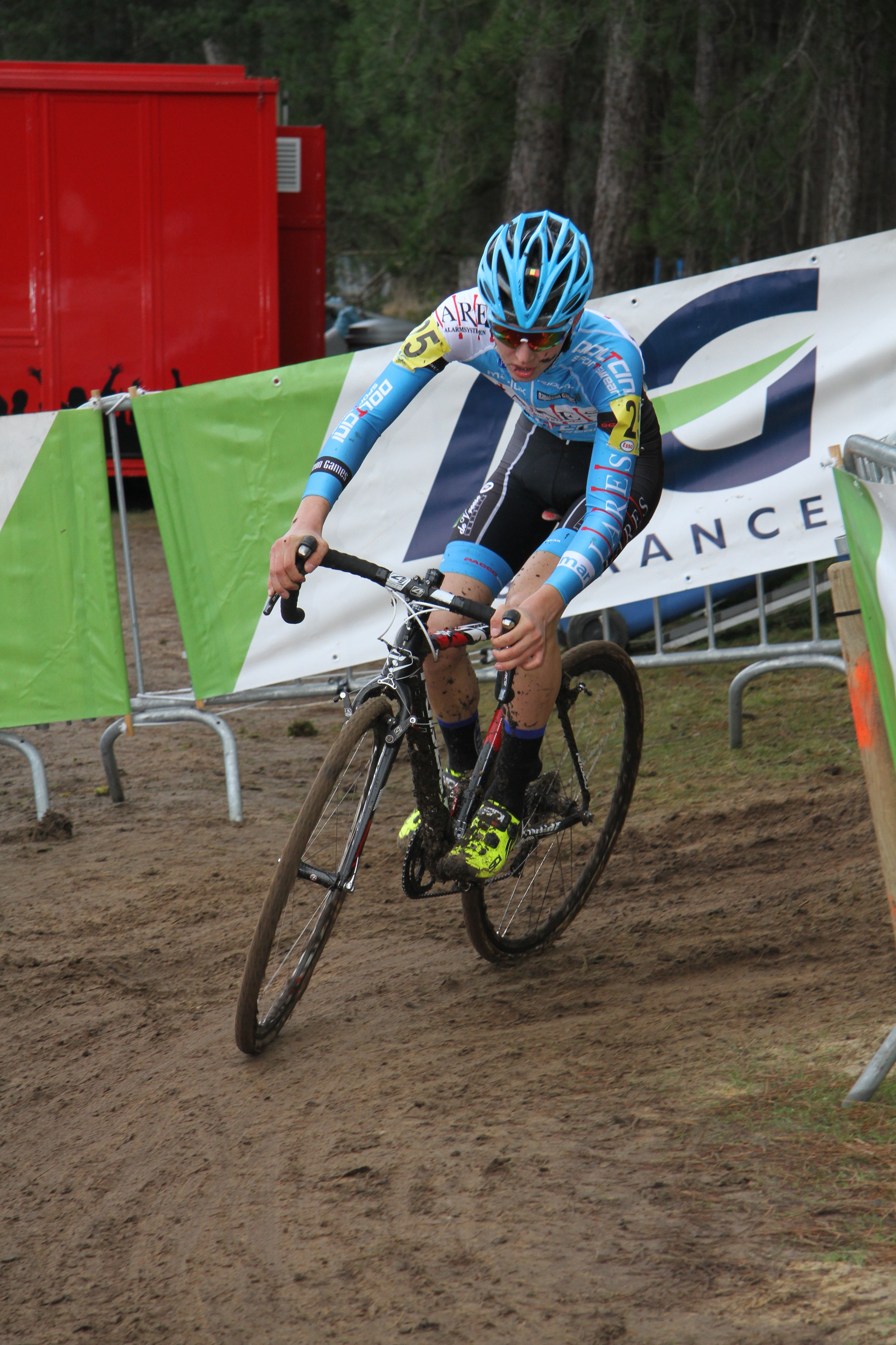 Yente Peirens Belgisch kampioen eerstejaarsnieuwelingen